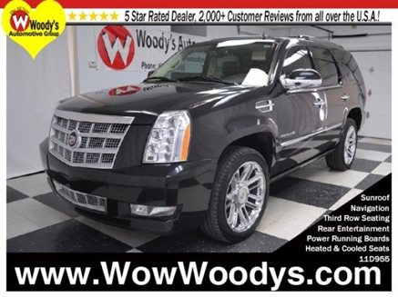 2011_Cadillac_Escalade_Platinum_Edition