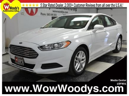 2015_Ford_Fusion_SE_FWD_2.5L_I4_CD_Stereo_Alloy_Wheels_Bluetooth_Connectivity